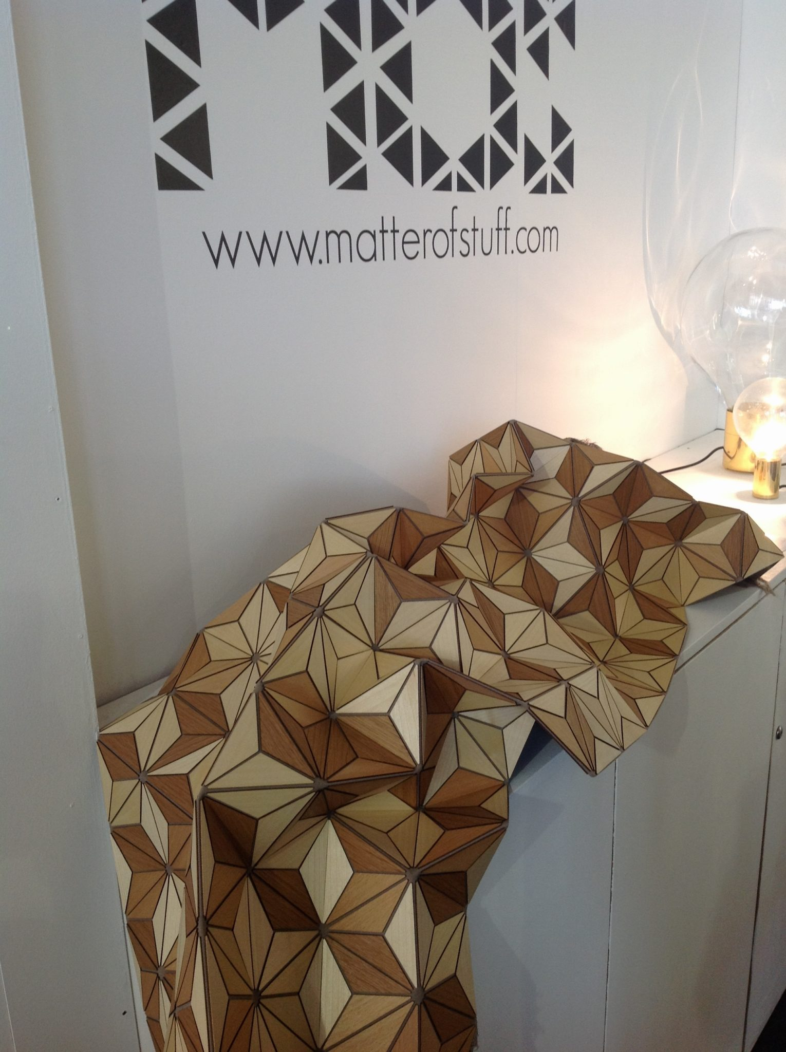 x wooden_textile_elisa_strozyk_german_design_home_decorationg_interior_ideas_projekty_ekologiczne_drewno_we_wnetrzach_forelements_blog
