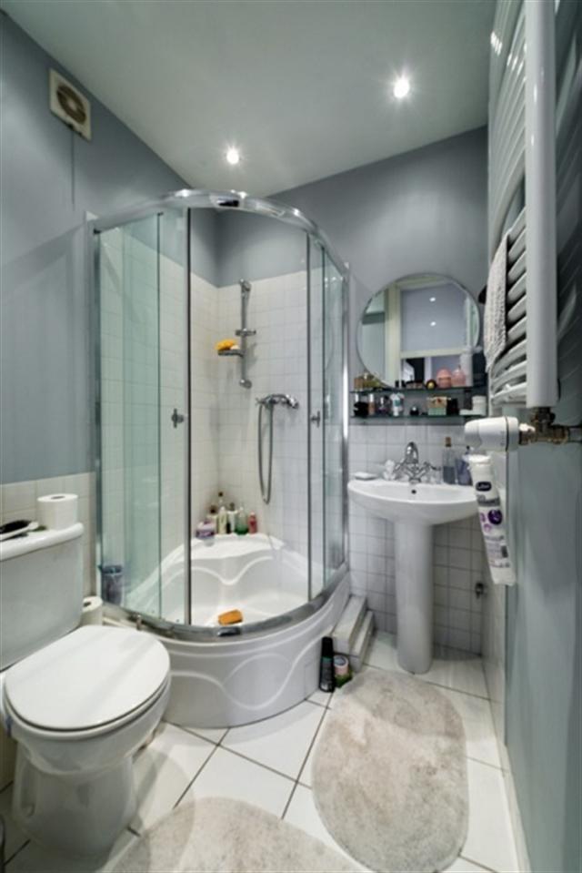 14_lazienka_styl_skandynawski_biale_wnetrze_scandinavian_style_white_interior_design_bathroom