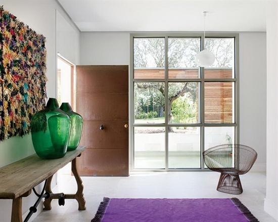 21_pantone_color_of_the_year_2014_radiant_orchid_purple_entrance_hall_interoir_design_purpurowy_przedpokoj_projektowanie_wnetrz