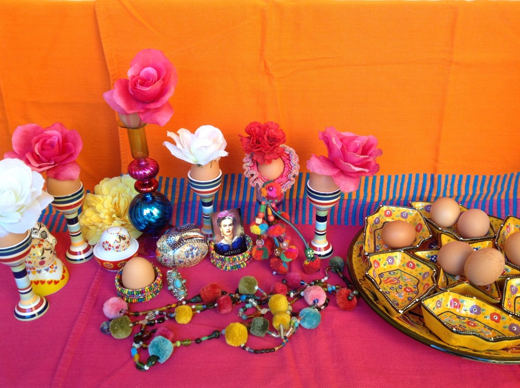 2 dekoracje wielkanocne pisanki swiateczny stol etno easter decorating easter eggs holiday table setting mexican easter ethnic boho folk styling