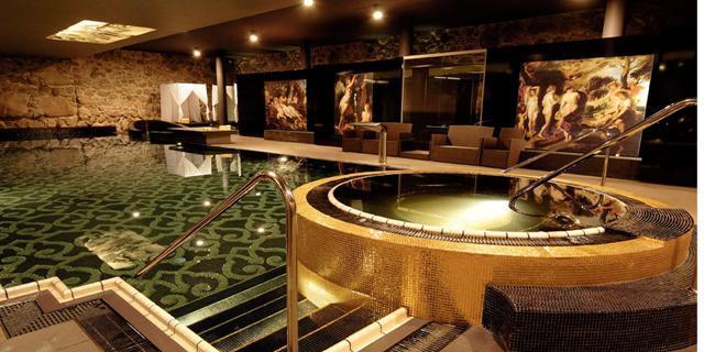 27_Krasicki_Hotel_SPA_ swimming pool bathroom _mosaic tiles sicis interior design history projektowanie wnetrz mozaika luksusowe kafelki