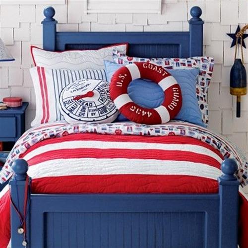 12 nautical interior seaside home style styl morski marynistyczny dom nad morzem blue red white trzy kolory niebieski bialy czerwony aranzacja wnetrz interior design marine bedroom