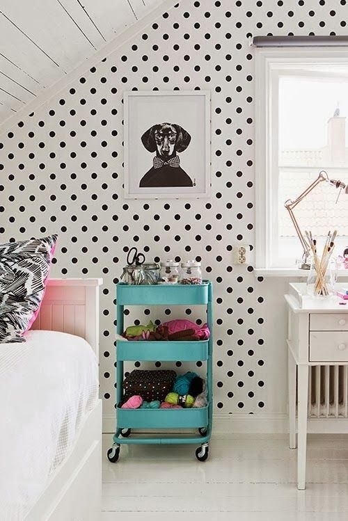 18 black and white polka dots home decoration interior design spotted ideas kropki we wnetrzu bialo czarne groszki w domu sypialnia w kropki spotted bedroom
