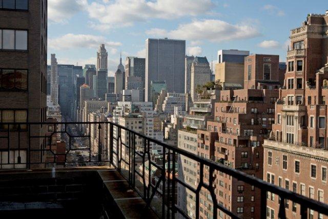 23_NY_apartment_with_a_view_new_york_interior_first_we_take_manhattan_apartament_z_widokiem_nowy_jork_wnetrza