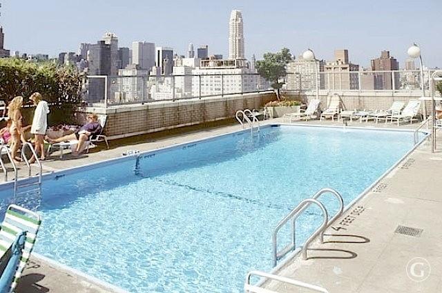 24_NY_apartment_with_a_view_new_york_interior_first_we_take_manhattan_apartament_z_widokiem_nowy_jork_wnetrza