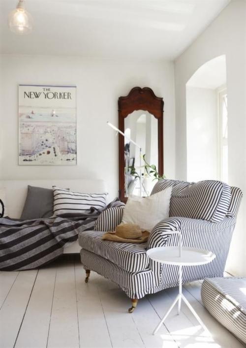 3 nautical interior seaside home style styl morski marynistyczny dom nad morzem blue red white trzy kolory niebieski bialy czerwony aranzacja wnetrz interior design marine livingroom