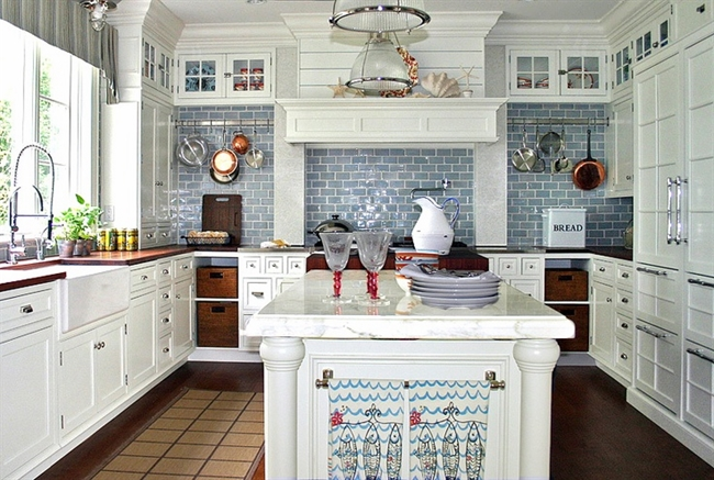 6 nautical interior seaside home style styl morski marynistyczny dom nad morzem blue red white trzy kolory niebieski bialy czerwony aranzacja wnetrz interior design marine kitchen