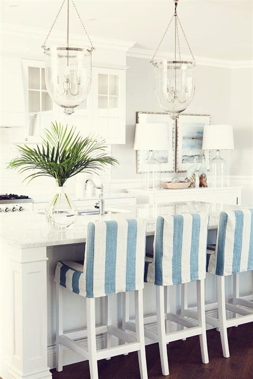 8 nautical interior seaside home style styl morski marynistyczny dom nad morzem blue red white trzy kolory niebieski bialy czerwony aranzacja wnetrz interior design marine kitchen