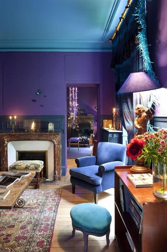 1_pantone_color_of_the_year_2014_radiant_orchid_purple_living_room_interoir_design_purpurowy_salon_projektowanie_wnetrz