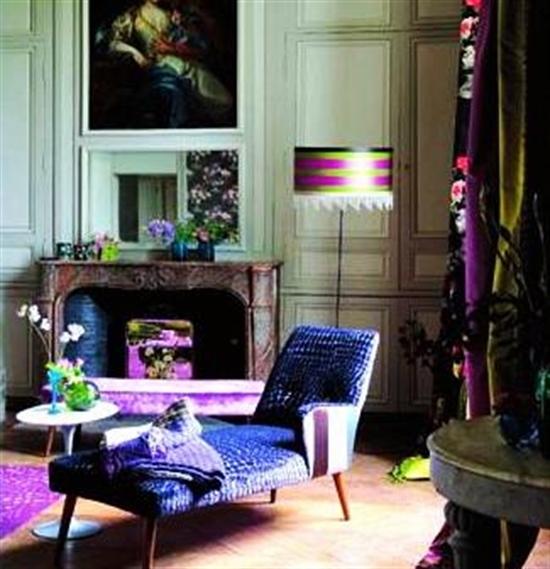 3_pantone_color_of_the_year_2014_radiant_orchid_purple_living_room_interoir_design_purpurowy_salon_projektowanie_wnetrz