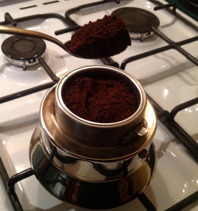 1 black coffee maker pottery alessi cookies blikle czarna kawa sniadanie ciasteczka ekspres do kawy lifestyle interior design