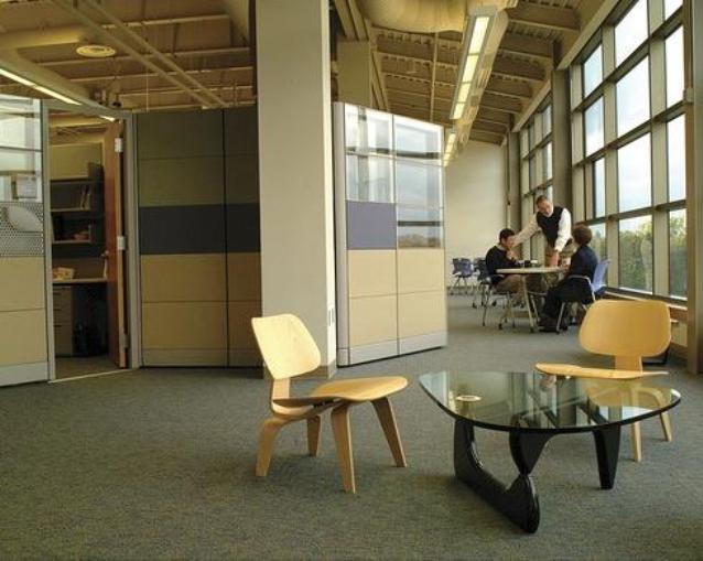 9_noguchi_coffee_table design icons designers furniture meble designerskie interior design projektowanie wnetrz stolik kawowy