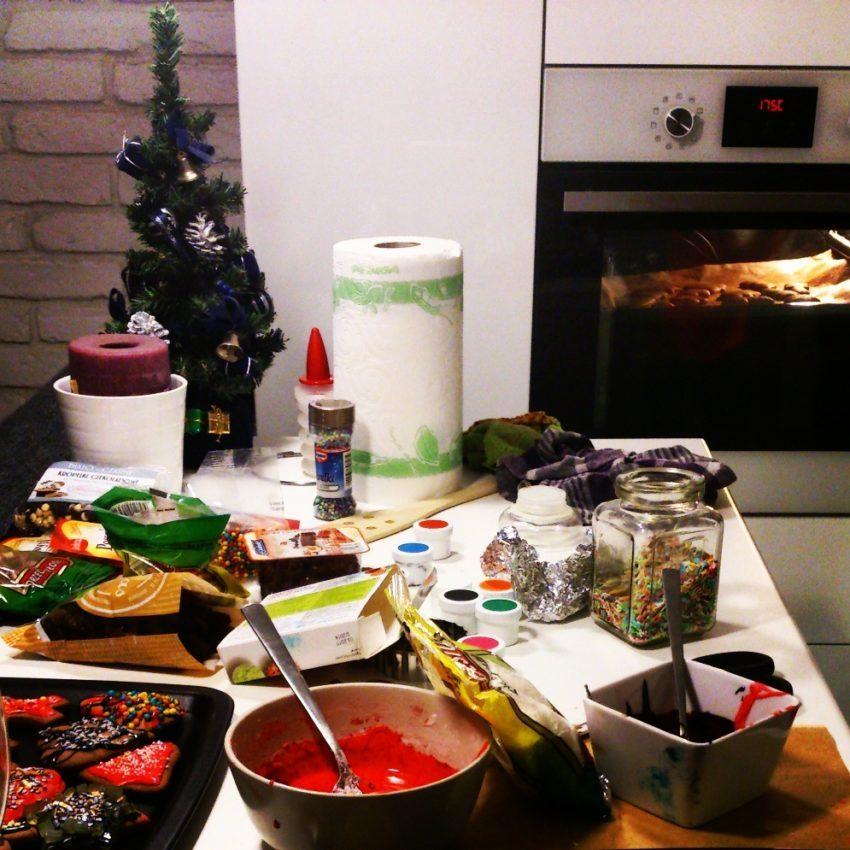 1 christmas cookies xmas gingerbread pastries swiateczne ciasteczka przepis na pierniczki projektowanie wnetrz interior design home decor dom na boze narodzenie bloggirls