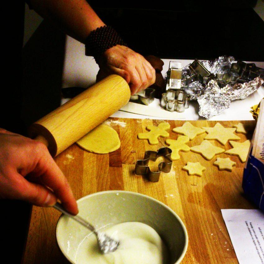 2 christmas cookies xmas gingerbread pastries swiateczne ciasteczka przepis na pierniczki projektowanie wnetrz interior design home decor dom na boze narodzenie bloggirls