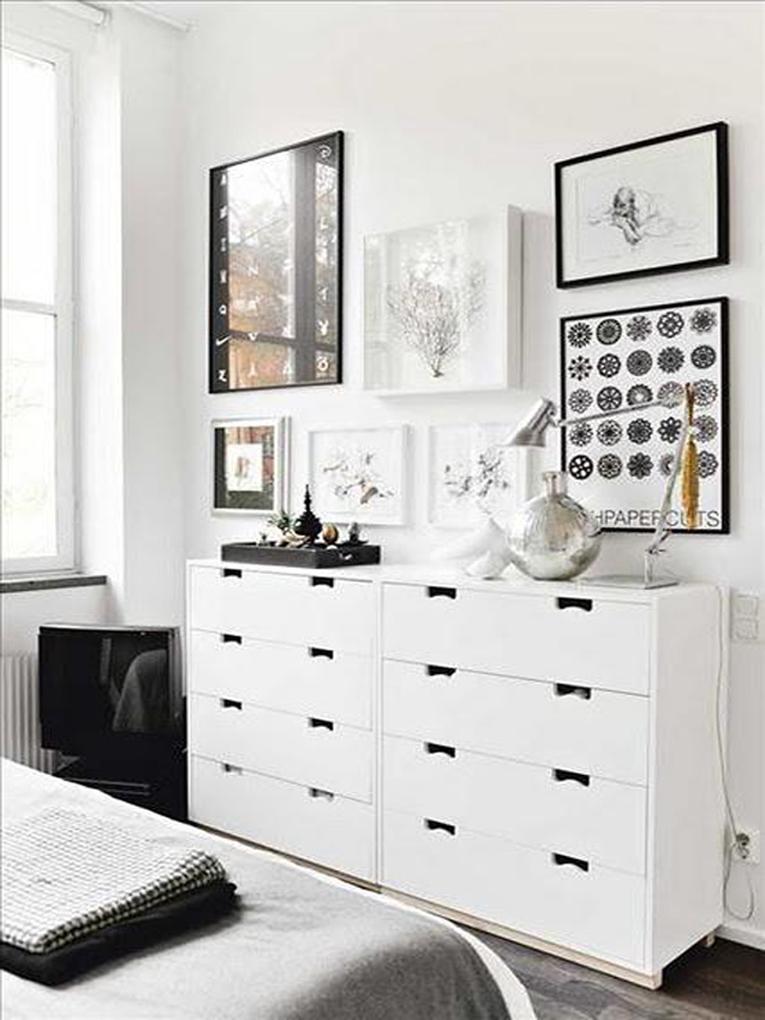 3 scandinavian style apartment in stockholm white interior styl skandynawski biale wnetrze minimalizm w domu minimalist home projektowanie wnetrz interior design