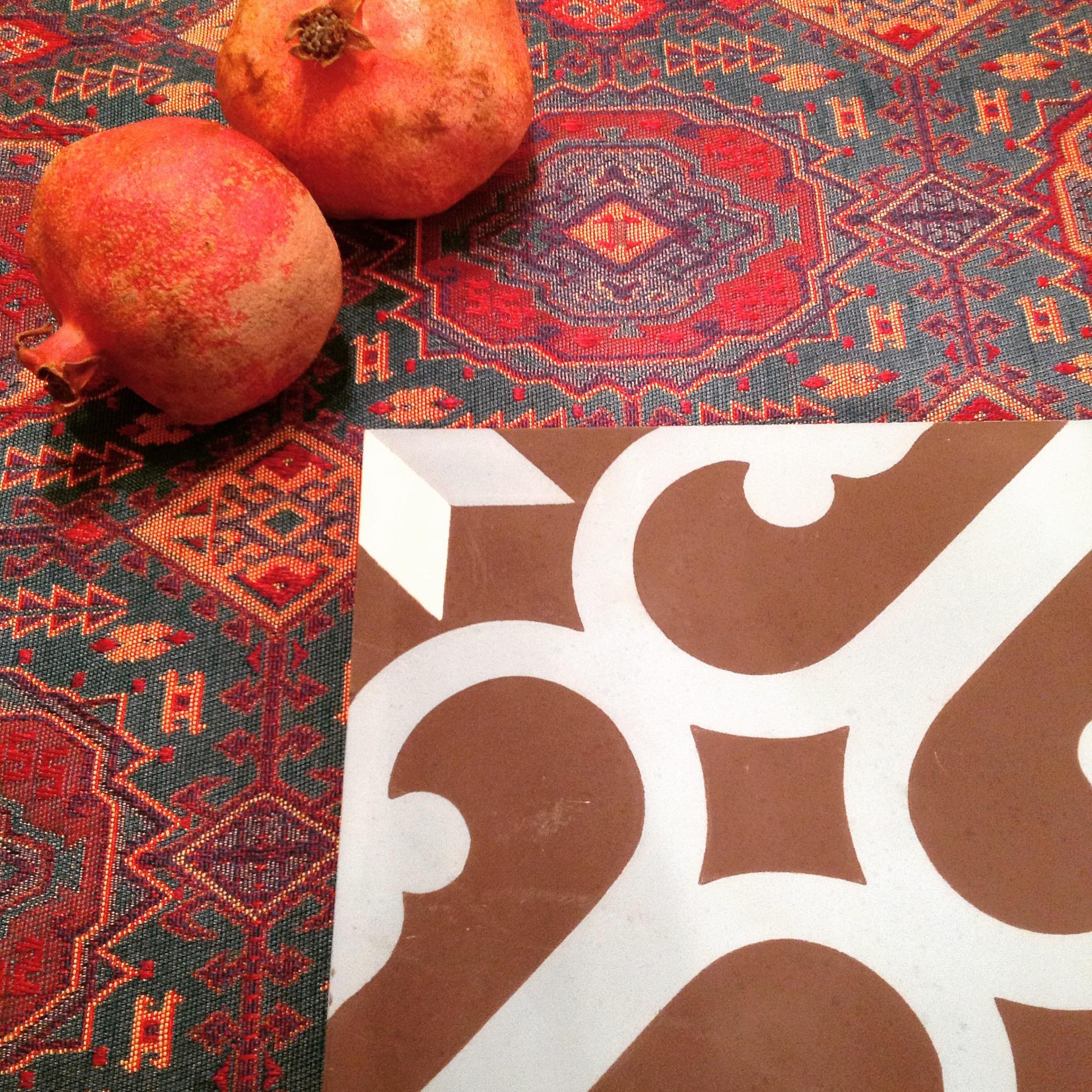 2 cementowe plytki marokanskie kafelki z meksyku urzadzanie wnetrz etniczne mieszkanie interior design ethnic apartment concrete morrocan tiles mexico style santa fe home kolory maroka