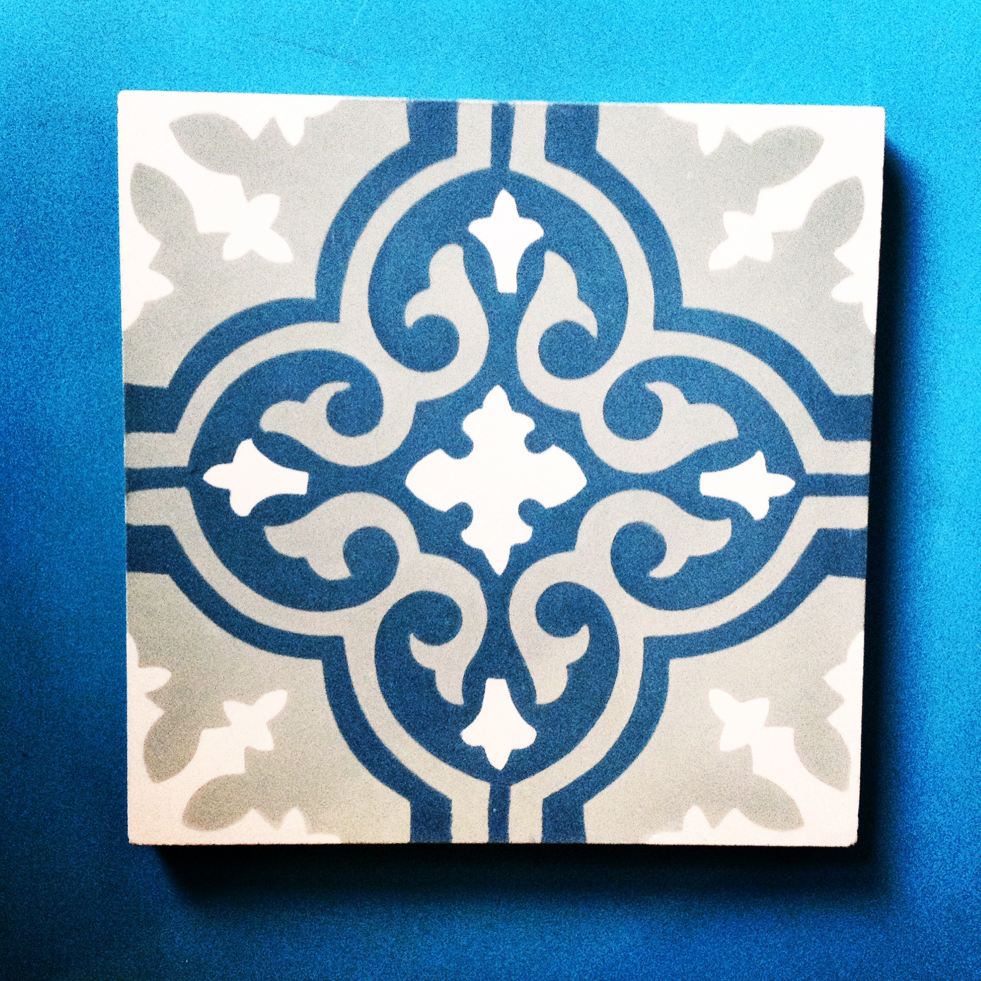 4 cementowe plytki marokanskie kafelki z meksyku urzadzanie wnetrz etniczne mieszkanie interior design ethnic apartment concrete morrocan tiles mexico style santa fe home kolory maroka