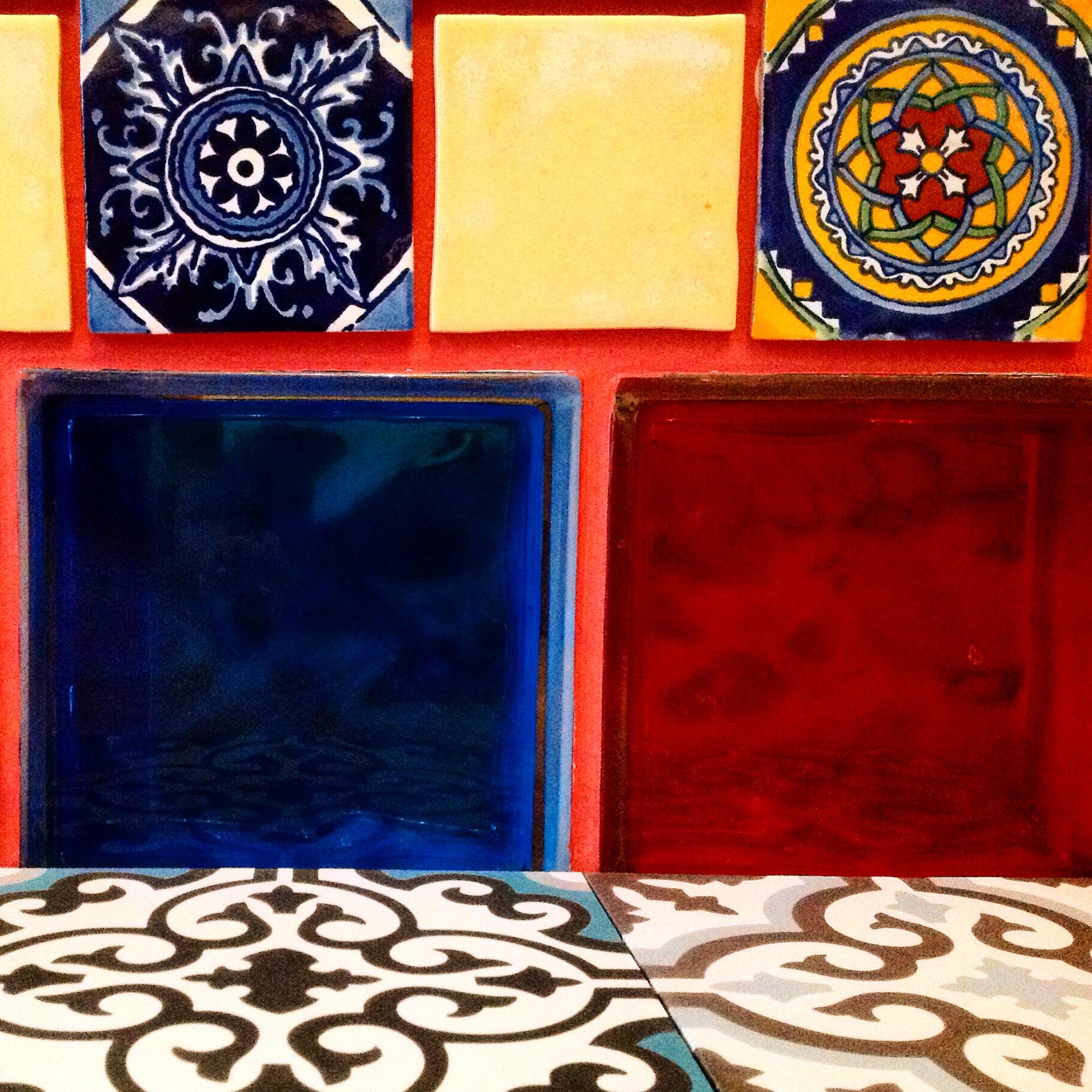 6 cementowe plytki marokanskie kafelki z meksyku urzadzanie wnetrz etniczne mieszkanie interior design ethnic apartment concrete morrocan tiles mexico style santa fe home kolory maroka