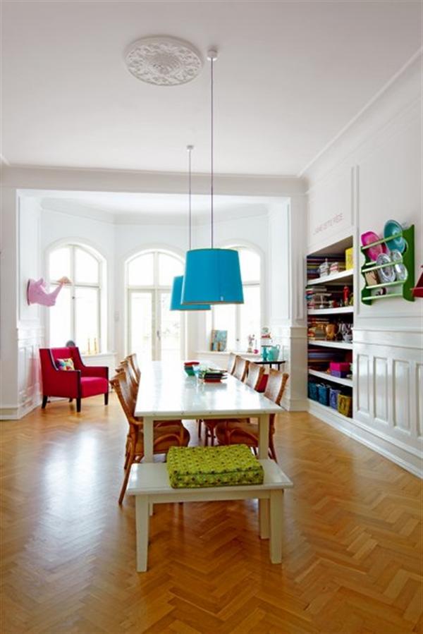 4 Charlotte Gueniau interior design home decorating residential colorful apartment kolory w mieszkaniu skandynawia mieszanie stylow w domu projektowanie wnetrz