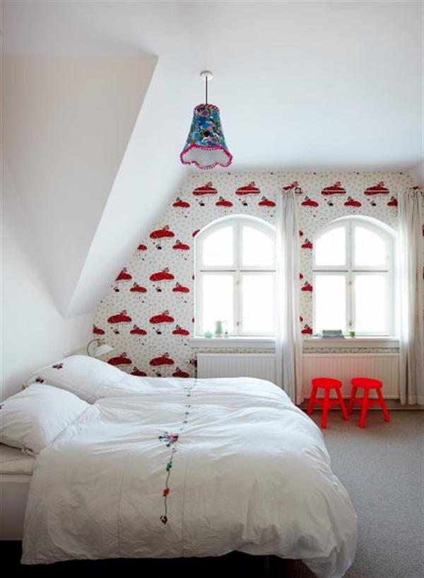 7 Charlotte Gueniau interior design home decorating residential colorful apartment kolory w mieszkaniu skandynawia mieszanie stylow w domu projektowanie wnetrz
