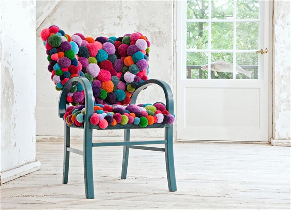 8 MYK Chair pixel art pixelated pattern wzor w piksele interior design home decor ideas urzadzanie mieszkania projektowanie wnetrz kolory w domu
