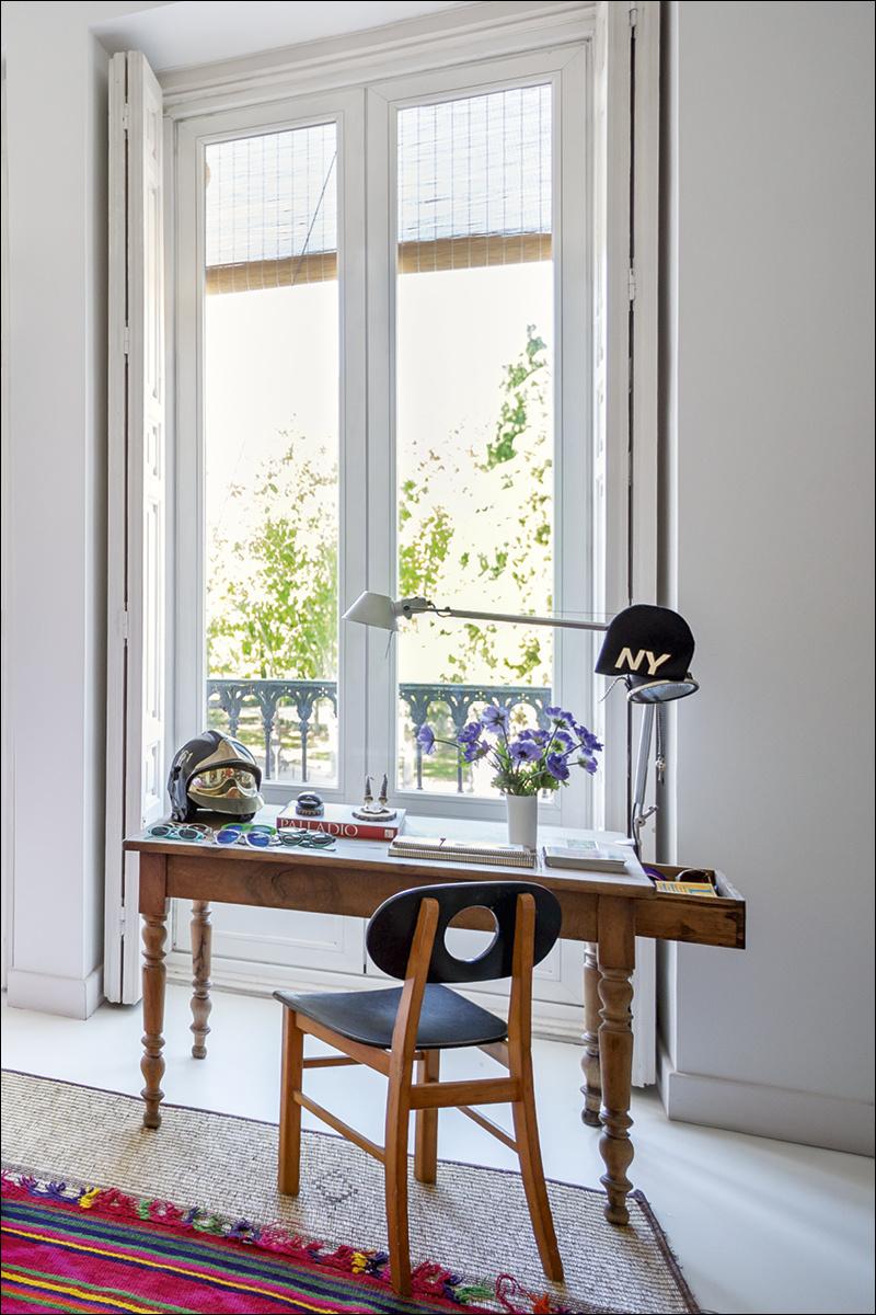 6 casa_de_luis_galliussi_en_madrid_ad spain interior design home decor ideas vintage boho style kolorowe mieszkanie styl vintage wnetrza