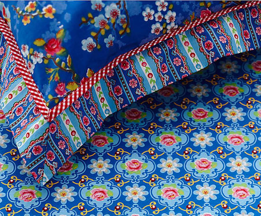 17 Prześcieradło Blossom Rose VI PIP Studio bedsheet bedroom interior design kolorowe wnetrza holenderski design westwing forelements blog
