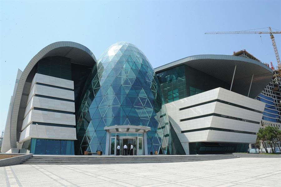 17 park bulvar baku azerbaijan extreme architecture modern building innovative venues nowoczesna architektura odwazne projekty