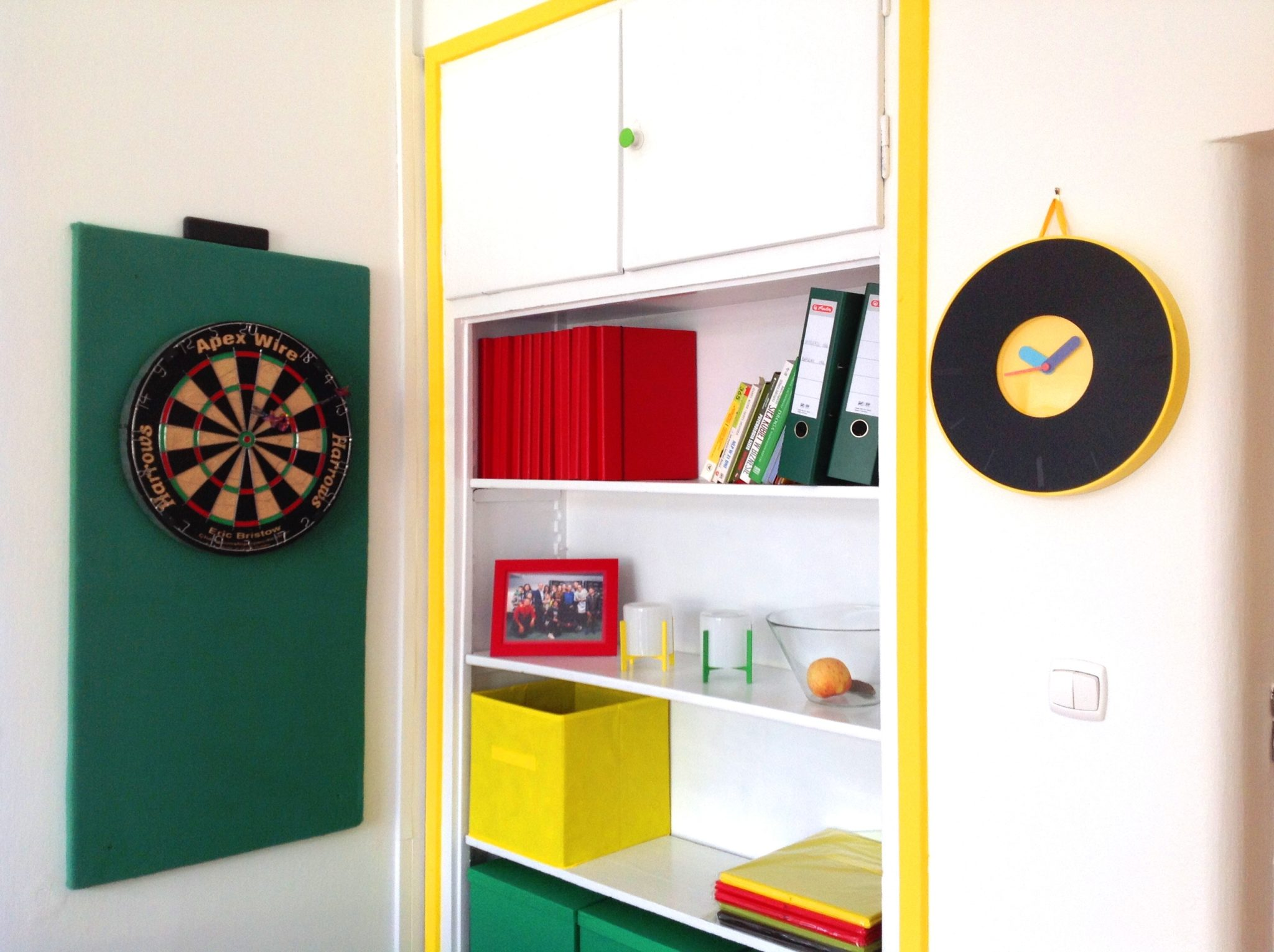 14 projekt wnetrza male kolorowe biuro interior design small colorful office google style forelementspl
