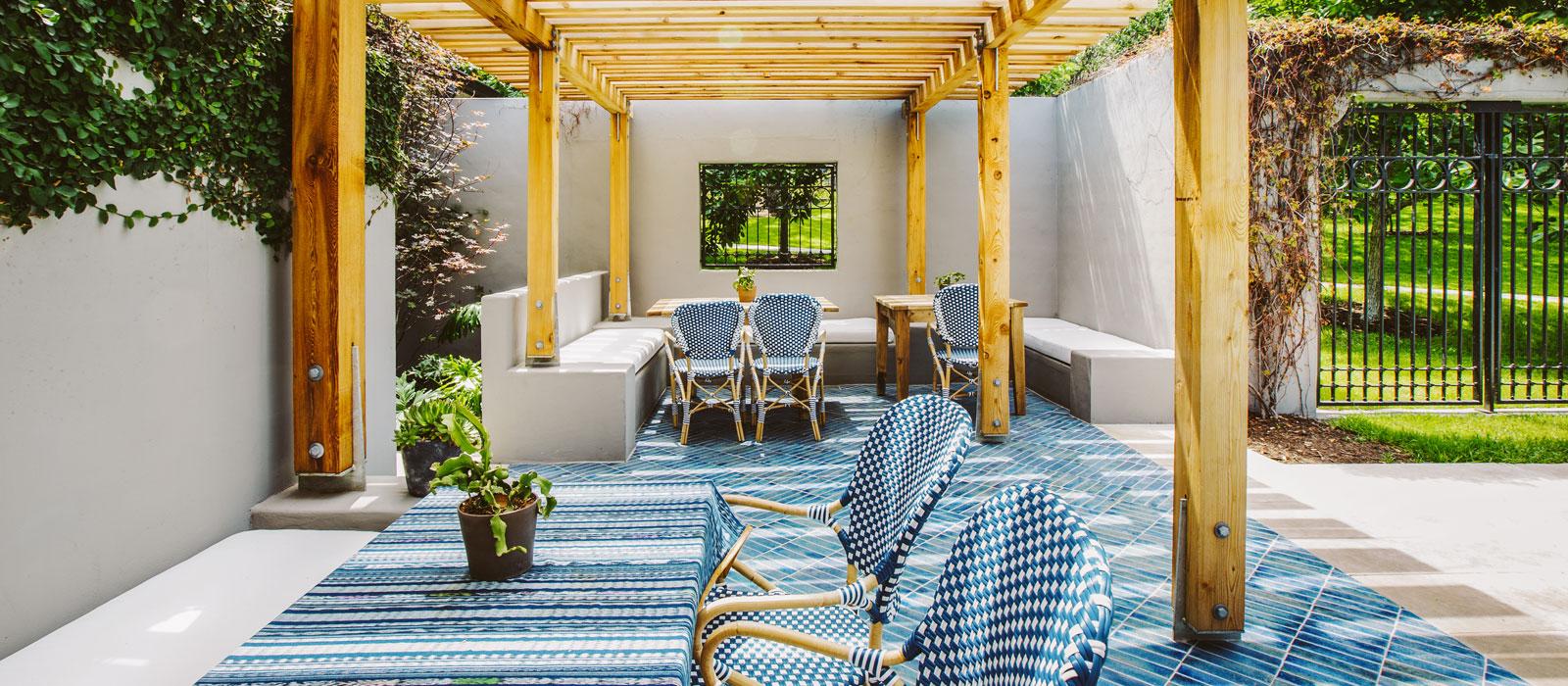 15  poolside bungalow suite Hotel Saint Cecilia Austin Texas interior design vintage apartment ciekawe wnetrza hotelowe styl amerykanski