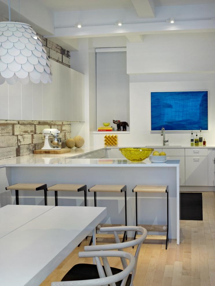 9 ghislaine vinas interior design modern apartment pop art style colorful home nowoczesne wnetrze kolory w pokoju