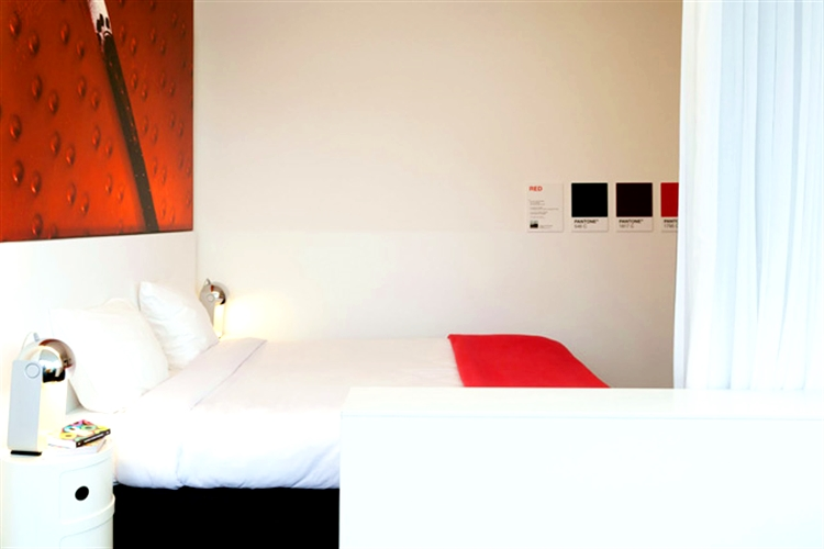 20 pantone hotel brussels design september forelements blog