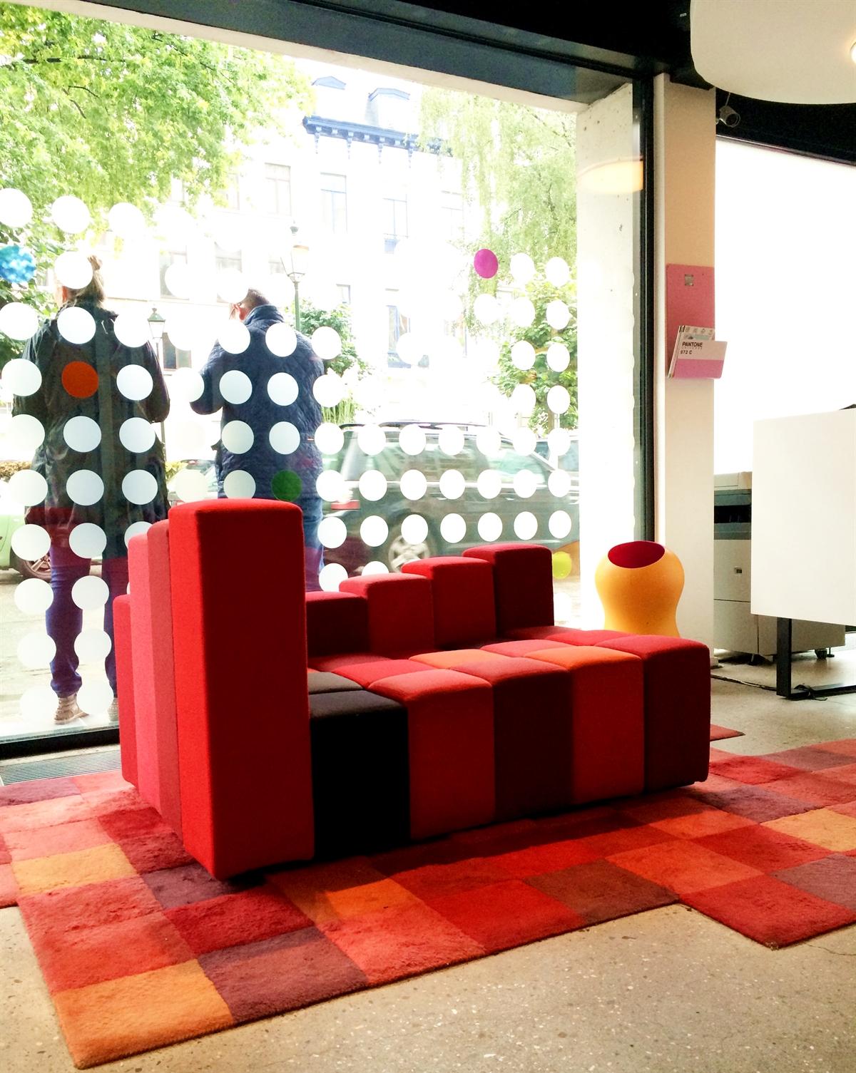 3 pantone hotel brussels design september colorful interior design modern apartment kolory we wnetrzach forelementsblog