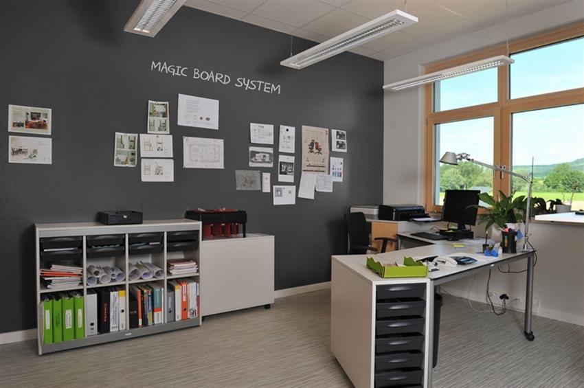 19 Magic_Board_System_benjamin_moore_chalkboard_paint_black_interior_design_home_ideas_school_kids_room_farba_tablicowa_pokoj_dla_dziecka_ucznia_forelements_blog