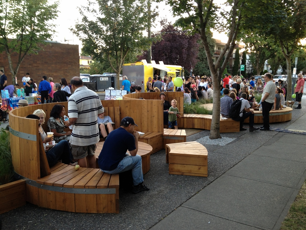 8_gdynia_projekt_miejski_parklet_usiadz_na_starowiejskiej_architektura_przestrzen_publiczna_urban_design_public_spaces_Vancouver