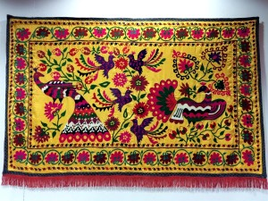 23 suzani_embroidered_textile_ethnic_style_boho_gypsy_interior_design_home_decor_asia_inspirations_styl_etniczny_kolorowe_wnetrze_forelements_blog