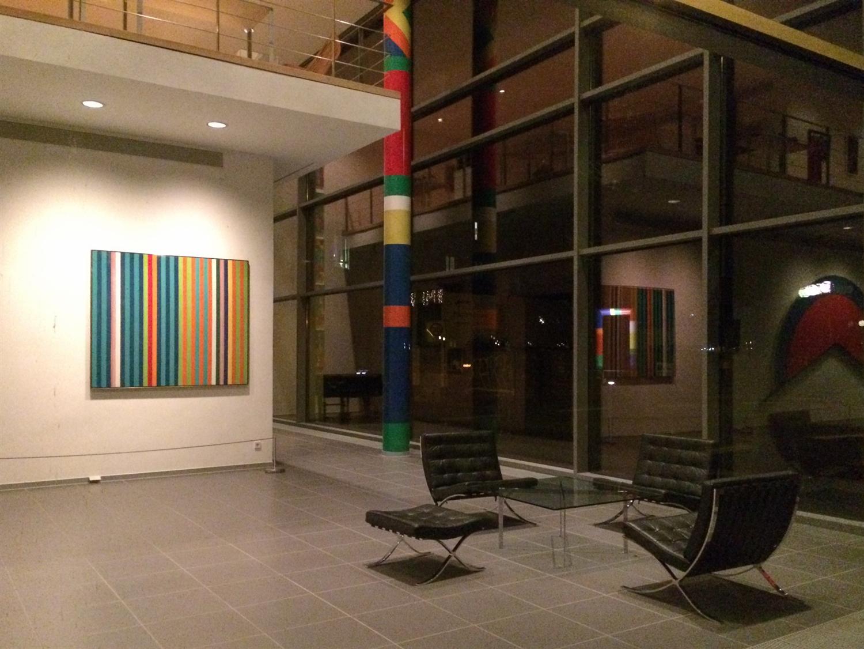 33 arithmeum_bonn_design_art_exhibition_minimalist_interior_style_vintage_furniture_ikony_designu_forelements_blog