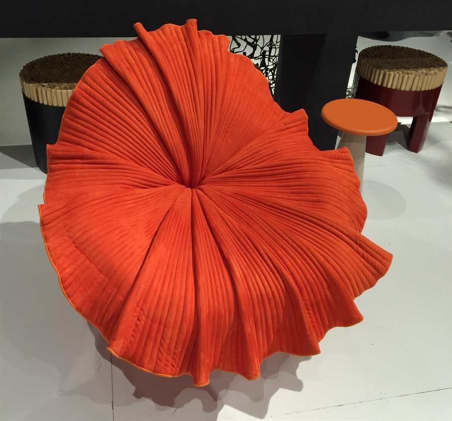 21 isaloni_salone_del_mobile_milan_home_fairs_round_furniture_design_targi_meblarskie_mediolan_forelements_blog