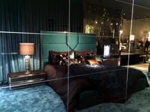 32 roberto_cavalli_casa_home_furniture_collection__interior_design_home_decor_colorful_apartment_bold_patterns_forelements_blog