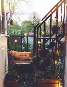 11 summer_home_decorating_ideas_interior_design_home_decor_floral_pattern_forelements_blog