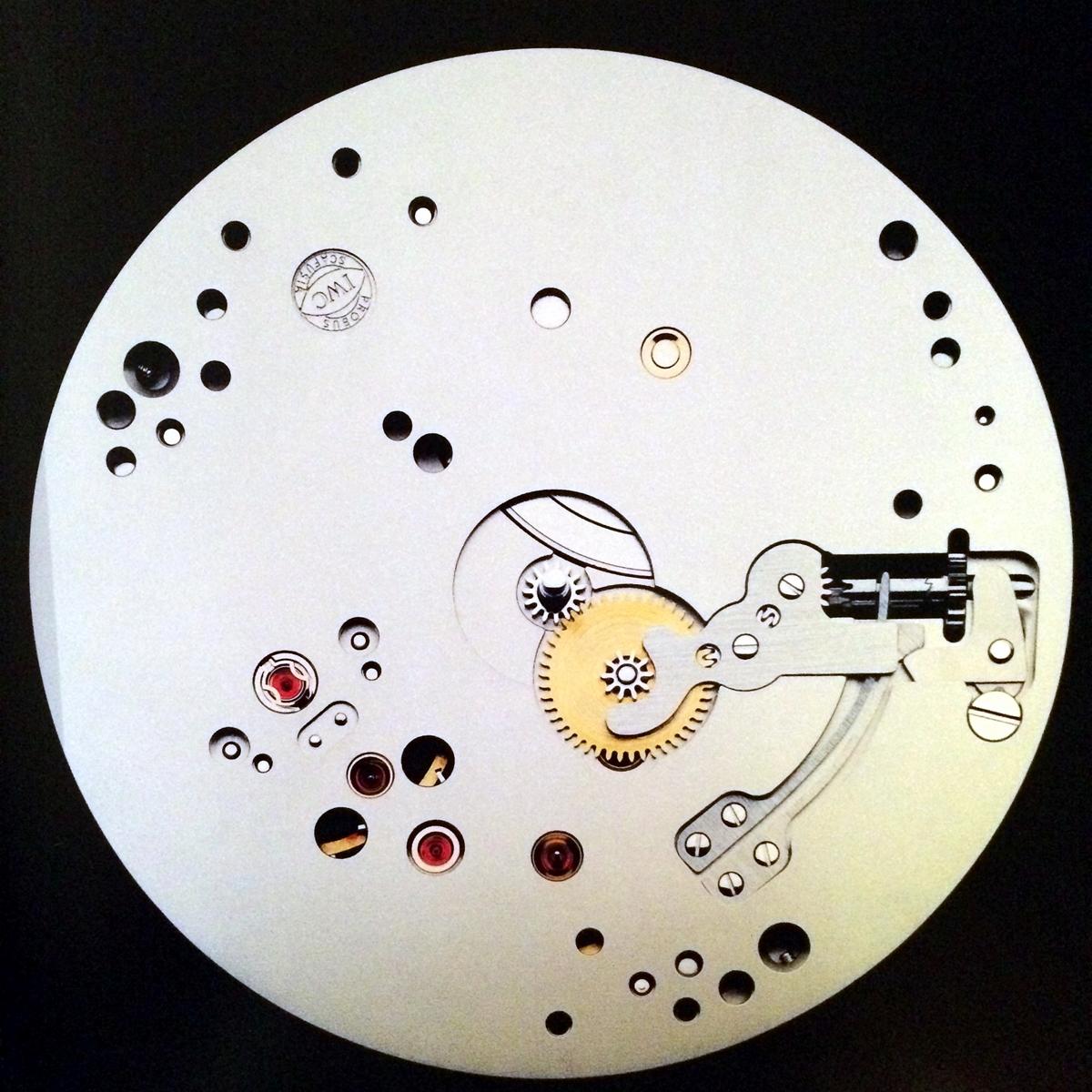 8 design z zegarkiem w ręku luksusowe zegarki SIHH Geneve lifestyle forelements blog