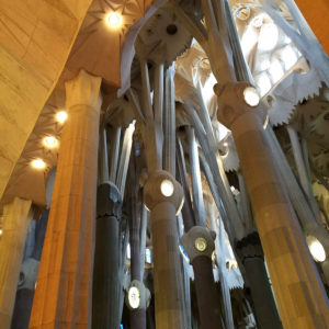 19-sagrada_familia_barcelona_gaudi_architecture_details_photography_design_inspiration_interior_decorating_inspiracje_do_wnetrza_forelements_blog