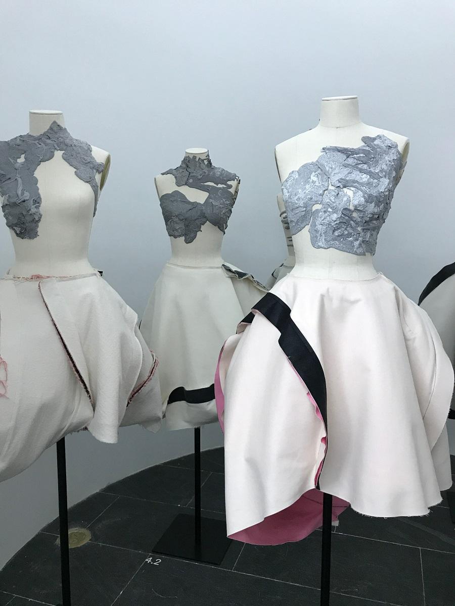 14 rei kawakubo comme des garcons art of the in between model multiple forelements blog