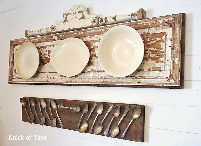 19_recovered_and_repurposed_old_doors_ideas_salvaged_and_recycled_interior_design_upcycling_in_home_pomysly_na_stare_drzwi_recykling_w_domu_pomysly_na_starocie_wnetrza_shabby_chi