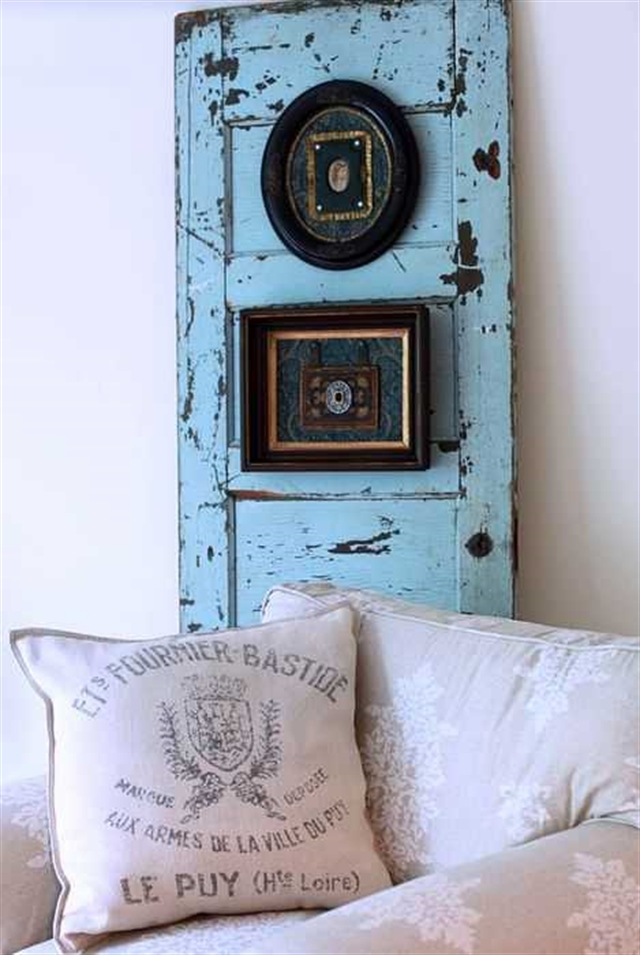 5_recovered_and_repurposed_old_doors_ideas_salvaged_and_recycled_interior_design_upcycling_in_home_pomysly_na_stare_drzwi_recykling_w_domu_pomysly_na_starocie_wnetrza_shabby_chic