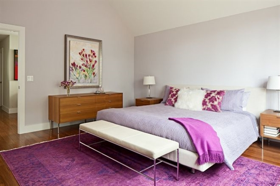 16_pantone_color_of_the_year_2014_radiant_orchid_purple_bedroom_interoir_design_purpurowa_sypialnia_projektowanie_wnetrz