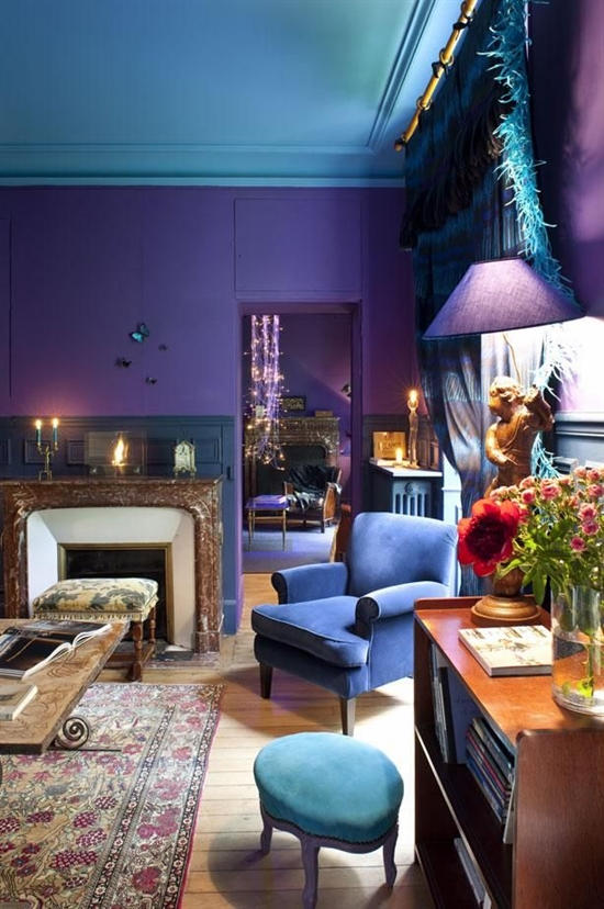 1_pantone_color_of_the_year_2014_radiant_orchid_purple_living_room_interoir_design_purpurowy_salon_projektowanie_wnetrz