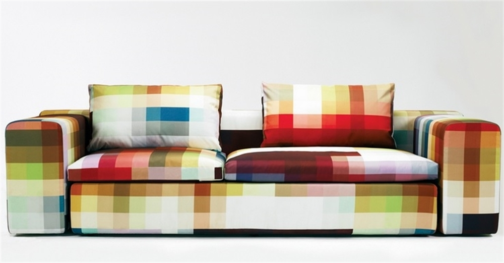 6 Pixelated fabric Springfield sofa Patricia Urquiola Moroso Kvadrat pixel art pixelated pattern wzor w piksele interior design home decor ideas urzadzanie mieszkania projektowanie wnetrz kolory domu