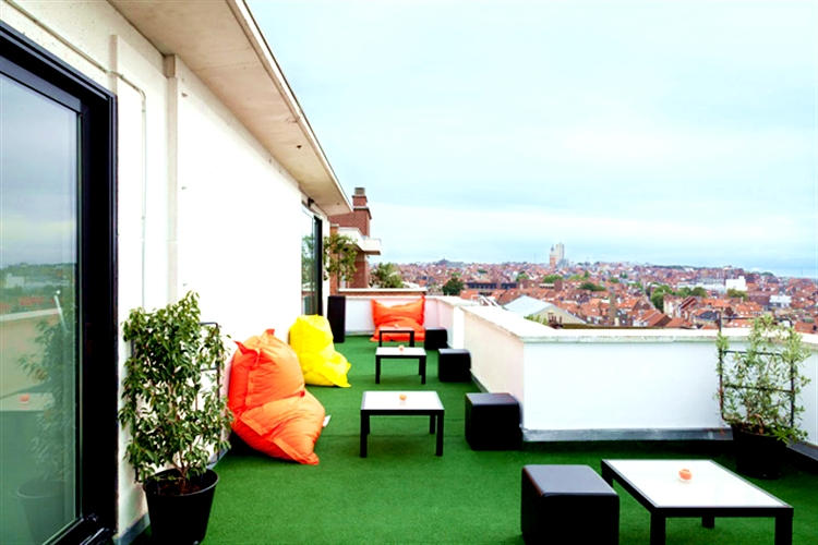 21 pantone hotel brussels design september forelements blog