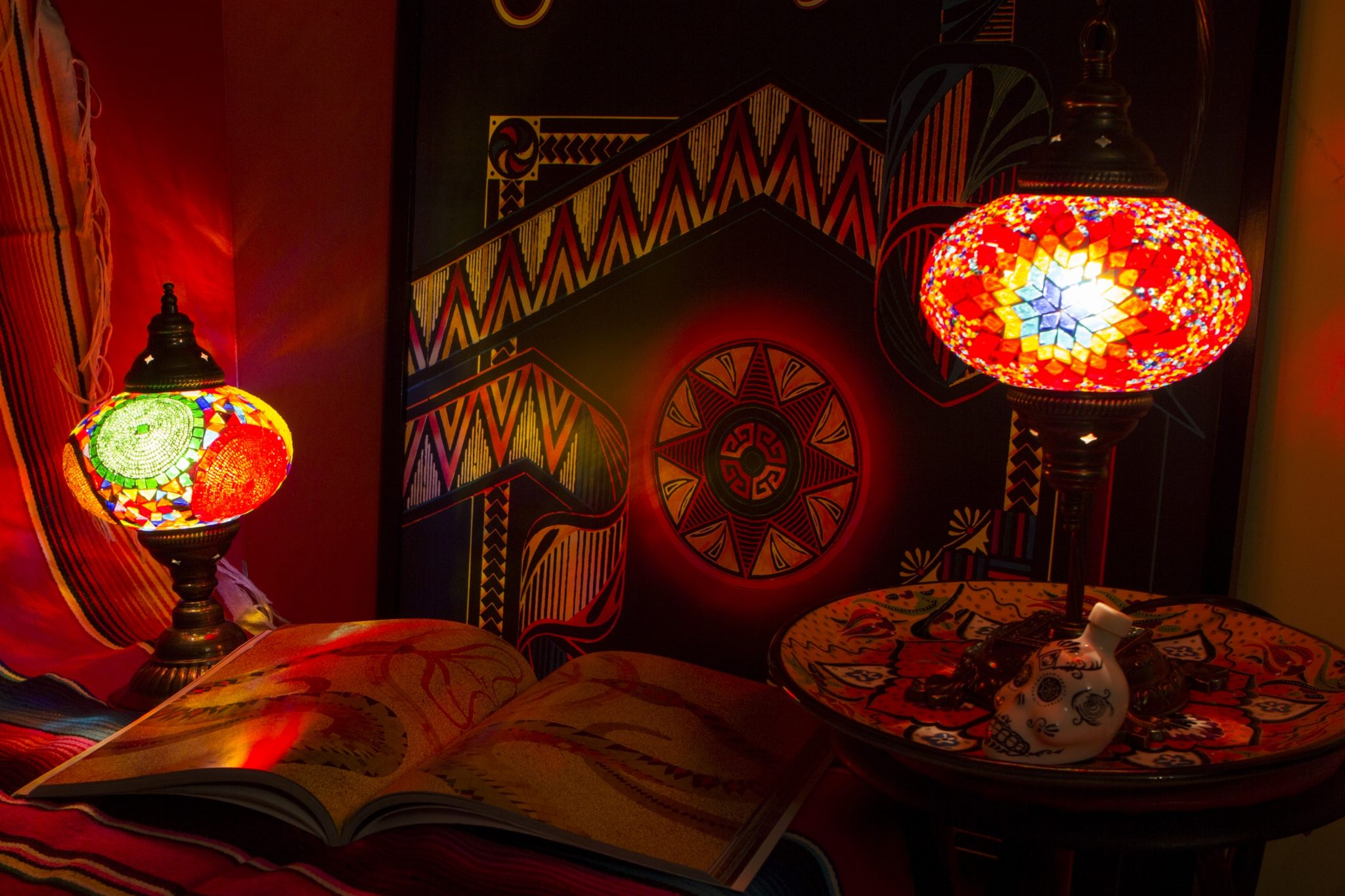 4 boho_gypsy_hippie_style_interior-design_home_decorating_ideas_oriental_lamps_styl_etniczny_forelements_blog kopia
